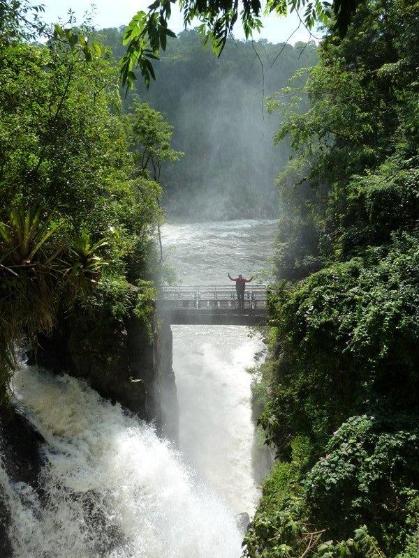 Remi près des cascades, Iguazu, Argentine