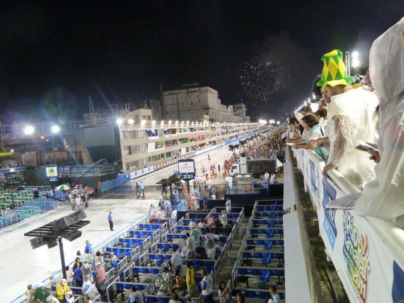 Carnaval de Rio 2011, sambodrome, début des festivités
