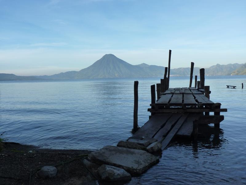 Vue du volcan San Pedro de Panajachel