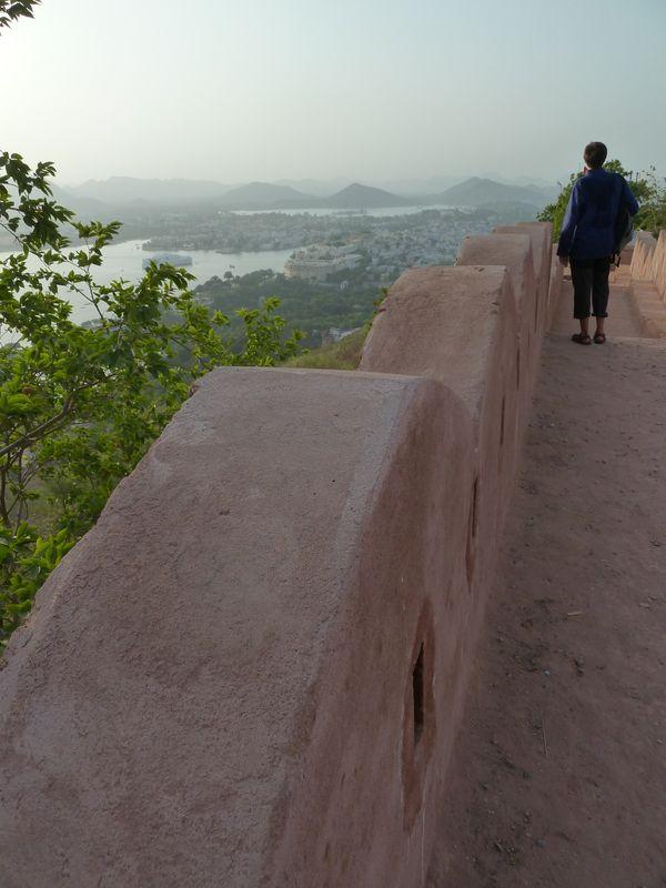 Fort et lac, Udaipur, Inde