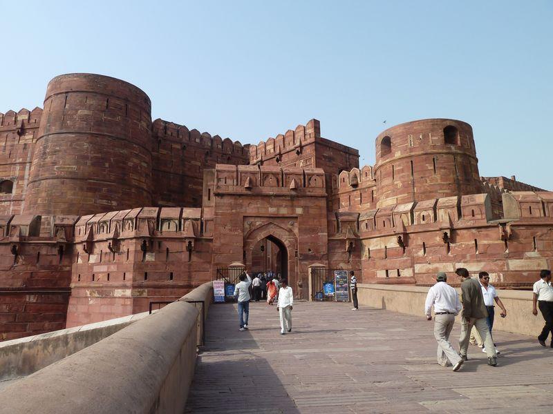 Entrée du Fort Rouge, Agra, inde