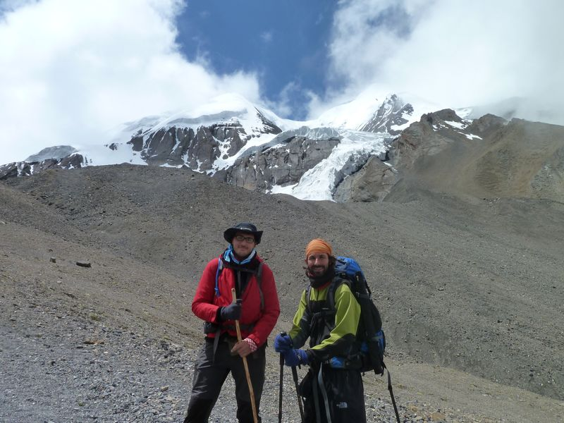 Remi and Manu, Thorung La, Nepal
