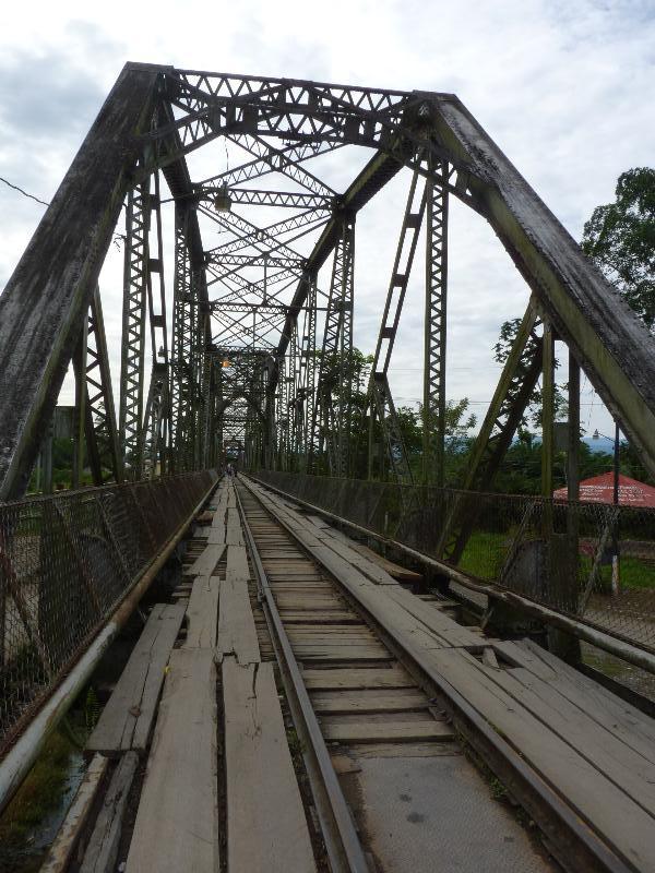 Pont à la frontière Costa Rica Panama