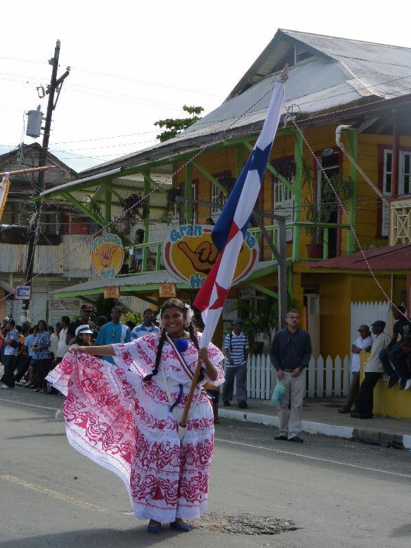 Défilé, Bocas