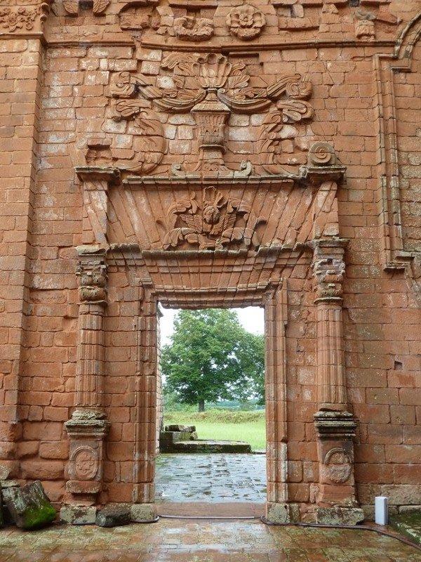 Porte, réduction jésuite de Trinidad, Paraguay