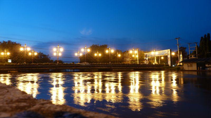New Sukhothai, lighted bridge, Thailand